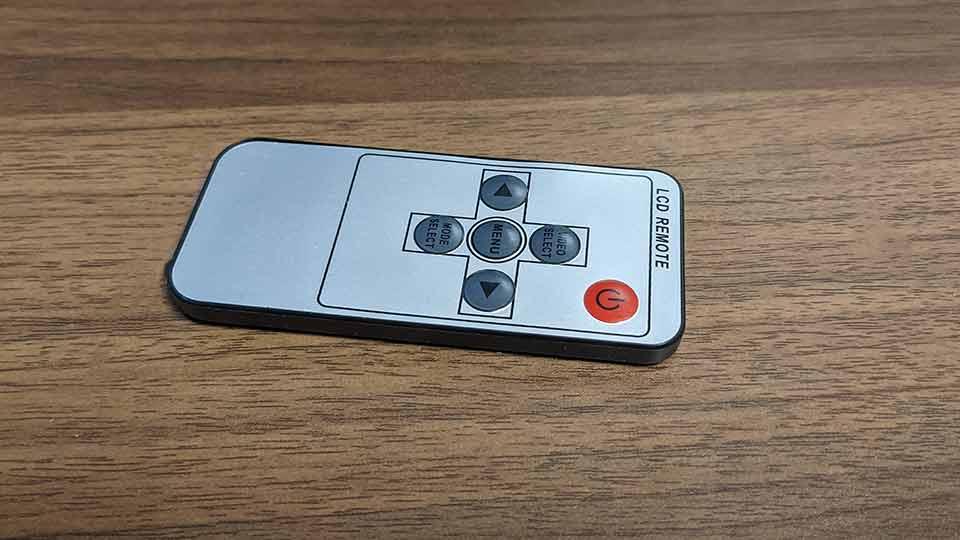 smrazaの7インチIPSモニターのリモコンの画像